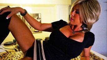 Sandra Otterson in 'Kate Sneaks Over'