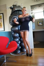 Sandra Otterson - Luscious Black Dress (Thumb 08)