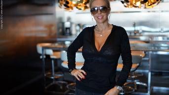 Sandra Otterson in 'Vegas Balcony Blowjob'
