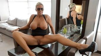 Sandra Otterson in 'Vegas Showgirl'